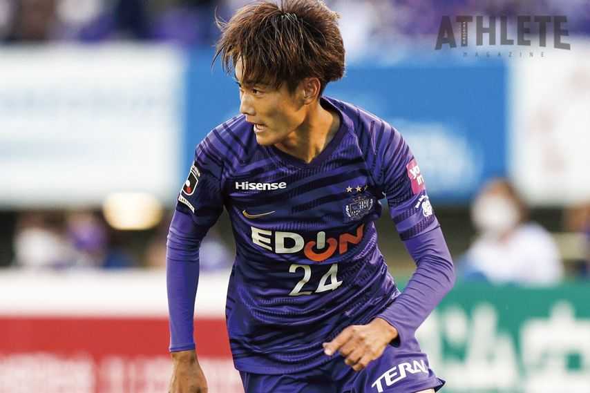 """<div class=""""caption"""">今季、J1初ゴールを決めた東俊希選手。直近の8戦無敗に大きく貢献している。</div>"""