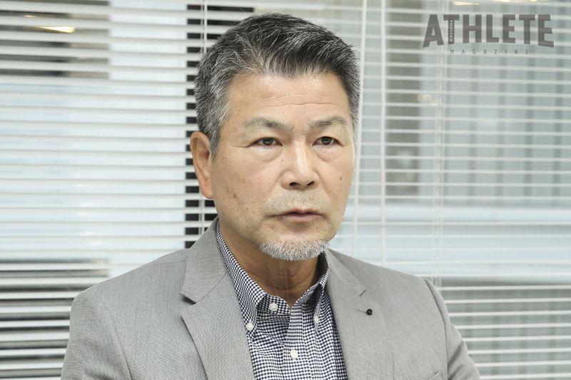 """<div class=""""caption"""">1991年、選手会長としてチームを牽引した山崎隆造氏。この年6年ぶりの打率3割を記録した。</div>"""