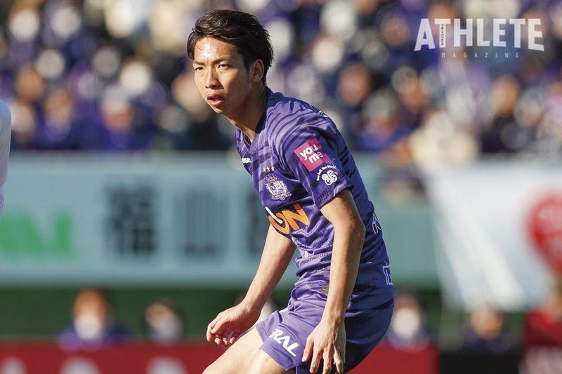 "<div class=""caption"">ジュビロ磐田から復帰後は、押しも押されぬサンフレッチェの主力選手となった川辺駿選手。</div>"