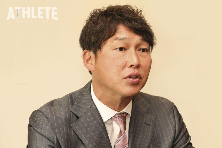 "<div class=""caption"">「物心ついた頃からカープファン」と語る新井貴浩氏。広島出身の新井氏にとって、カープは最も身近な球団だった。</div>"