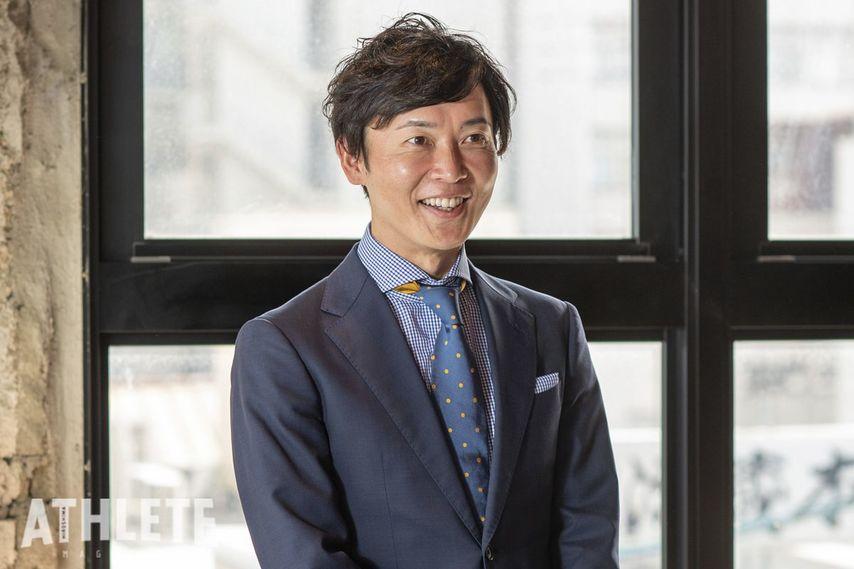 """<div class=""""caption"""">「スポーツアクティベーションひろしま」として、広島に存在するプロスポーツ、すべてのスポーツを通して、広島県のみなさんを笑顔にしたいと話す神田代表。</div>"""