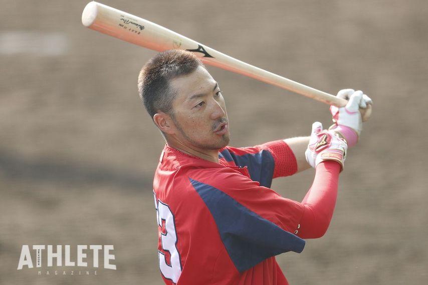 """<div class=""""caption"""">4月5日現在で出塁率も5割と、2番打者として文句なしの働きを見せている菊池涼介選手。</div>"""