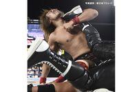 """<div class=""""caption"""">1982年6月22日生、東京都出身。180㎝・102kg/デスティーノを決めEVIL選手から3カウントを奪った内藤選手。</div>"""