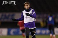 """<div class=""""caption"""">兄・拓磨と同じように、横浜FC戦でゴールを量産した浅野雄也選手。</div>"""