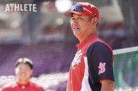 """<div class=""""caption"""">今季から一軍打撃コーチに就任した朝山東洋コーチ。数々の好打者を一軍に送り出してきたその手腕に注目が集まる。</div>"""